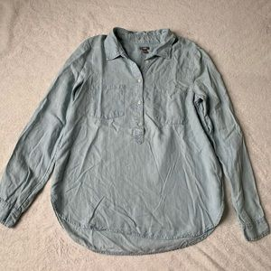 Aerie Button Up Chambray Shirt